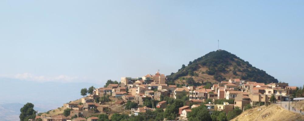 village_12-1000x400